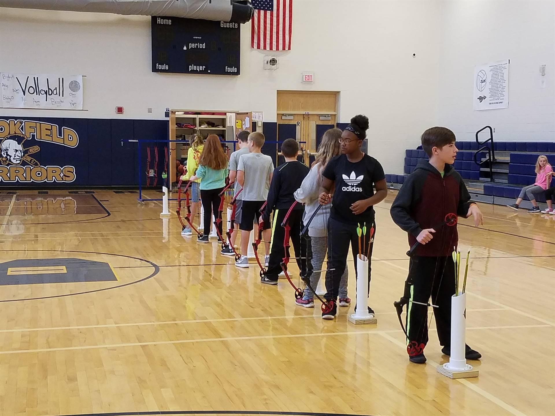archery sixth grade gym class