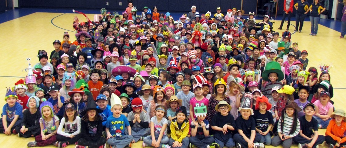 Elementary students wearing hats for the Readathon