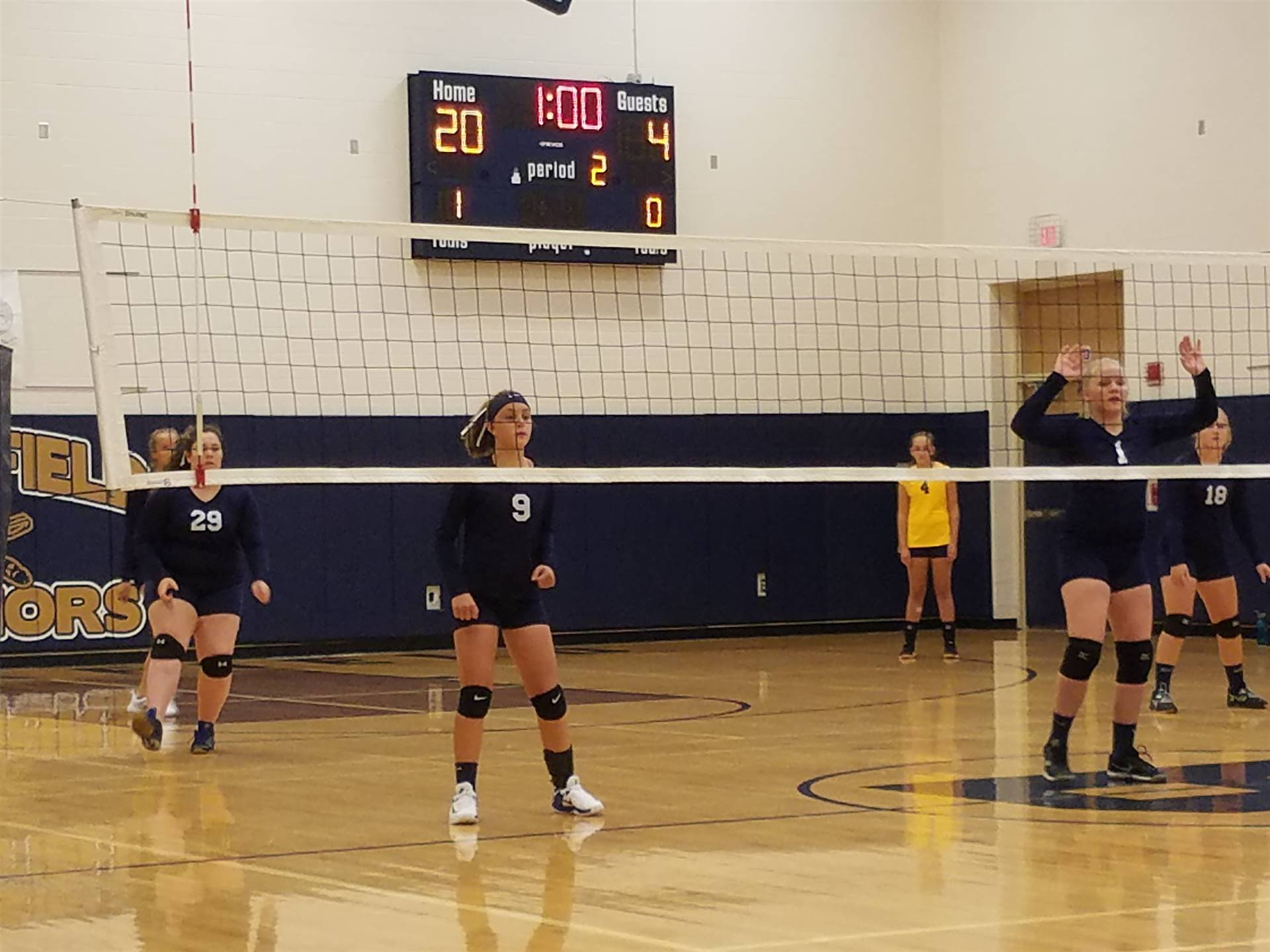 8th Grade Volleyball Team defeated Campbell in 2 sets